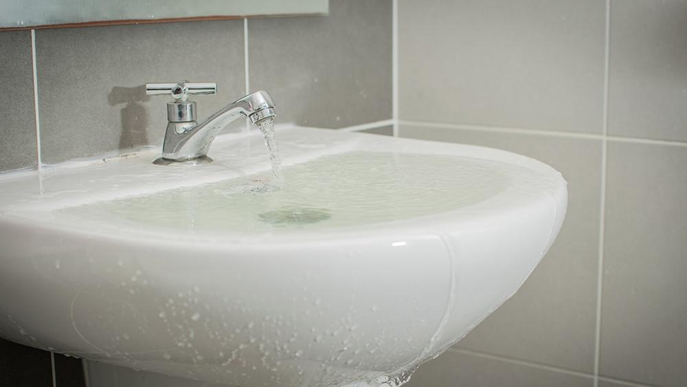 overflowing-sink