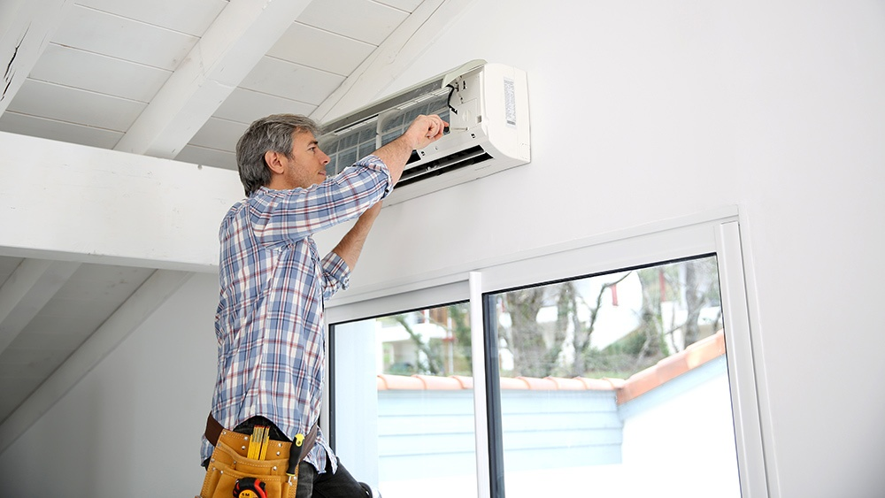 5 Reasons Your Air Conditioning Is Blowing Hot Air
