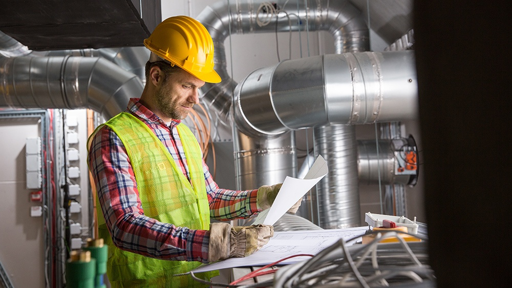 What Should You Pay An HVAC Commercial Contractor For?